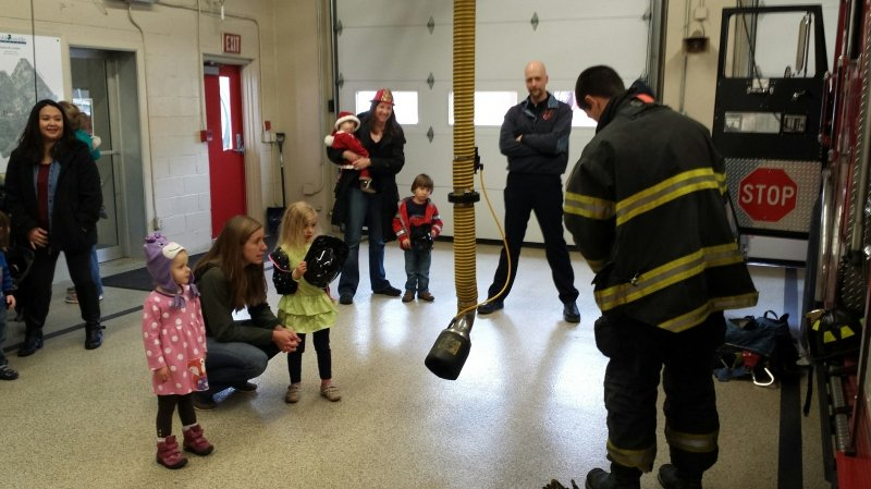 Mom's Club Visits Firehouse